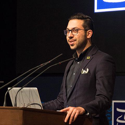 امیرحسین صادقی - فعال استارتاپی
