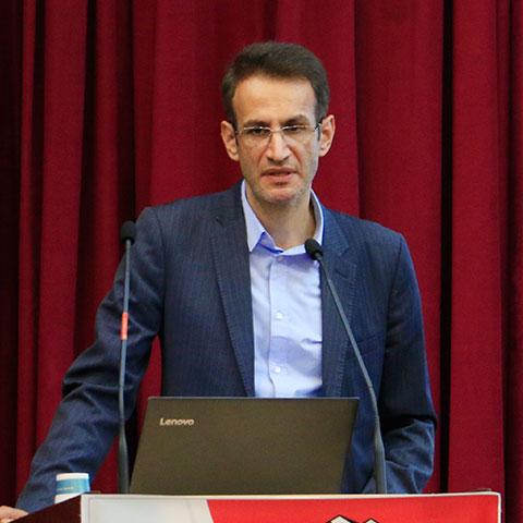حمیدرضا احمدیان - مدیرک کل دفتر نواوری و حمایت از سرمایه گذاری وزارت ارتباطات و فناوری اطلاعات